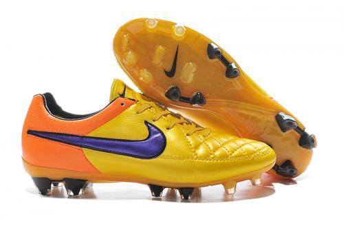 49d423e808 Chuteira Nike Tiempo Gênio Leather FG Campo   Masculino   Sua loja ...