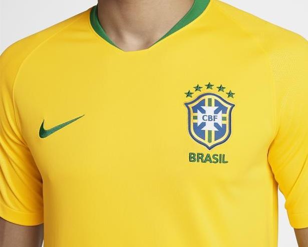 Camisa Nike Brasil 2018 Torcedor Masculina   173066afc5ece