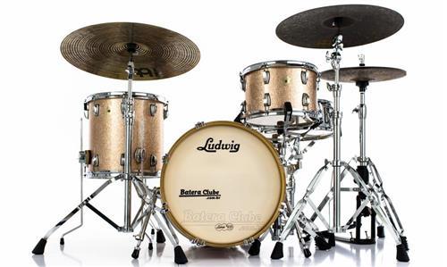 "Bateria Ludwig Classic Maple Champagne Sparkle Jazz Set com Bumbo 18"", Tom 12"", Surdo 14"" (Seminovo)"
