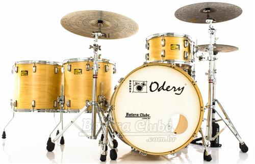 "Bateria Odery Custom-Shop Araucaria Natural Satin 22"",8"",10"",13"",16"",18"" (Shell Pack) Made in Brazil"