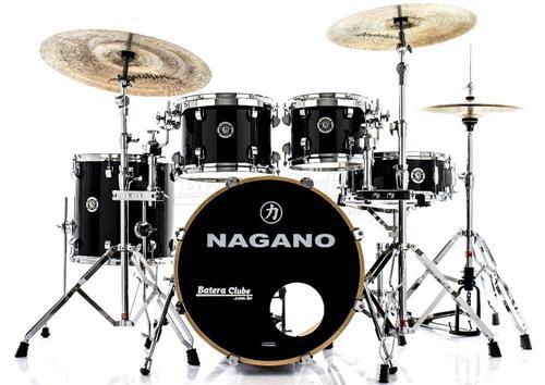 "Bateria Nagano Concert Lacquer Birch Piano Black 20"",10"",12"",14"" com Kit de Ferragens"