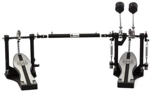 Pedal Duplo Mapex P400TW Single Chain Drive com Batedores Duo-Tone Beater