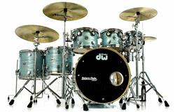 "Bateria DW Collectors Pure Maple Pale Blue Oyster 22"",8"",10"",12"",14"",16"" (Shell Pack) Made in USA"