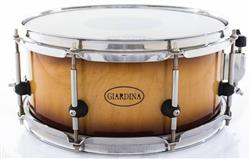 "Caixa Giardina Custom Drums Natural Burned Maple 12x5"" com Anel de Reforço"