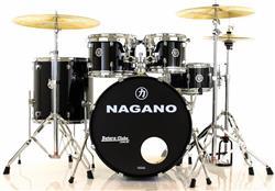 """Bateria Nagano Garage Rock Ebony Sparkle 22"""",10"""",12"""",16"""" com Peles Hidráulicas e Banco"""