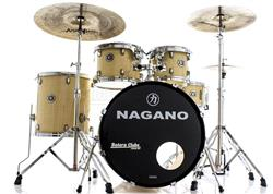 """Bateria Nagano Garage Rock Natural Ivory 22"""",10"""",12"""",16"""" com Peles Hidráulicas e Banco"""