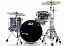 "Bateria DW Collectors Pure Maple Black Oyster 22x14"",13x9"",16x16"" (Shell Pack) Made in USA"