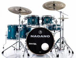 "Bateria Nagano Concert Full Lacquer Birch Deep Blue 22"",10"",12"",14"",16"" com Kit de Ferragens"