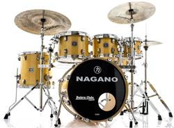 "Bateria Nagano Concert Lacquer Natural Birch 20"",8"",10"",12"",14"" com Kit de Ferragens"