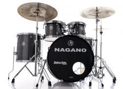 "Bateria Nagano Garage Rock Vintage Stripe 22"",10"",12"",16"" com Peles Hidráulicas e Banco"