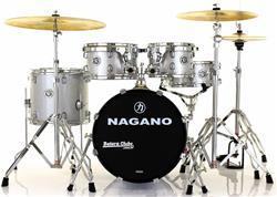 "Bateria Nagano Garage Gig Grey Sparkle Bumbo 18"",10"",12"",14"" Kit Ferragens e Peles Hidráulicas"