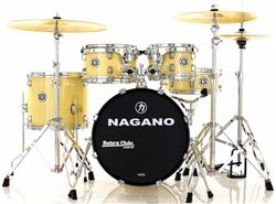"""Bateria Nagano Garage Gig Natural Ivory Bumbo 18"""",10"""",12"""",14"""" Kit de Ferragens e Peles Hidráulicas"""