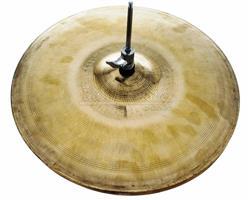 """Chimbal Domene Cymbals Prototype 15"""" em Bronze B20"""