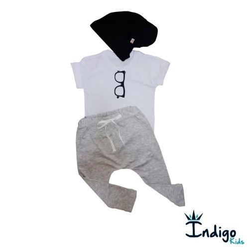 0fed1fbf9 Conjunto Camiseta ou Body Branca Óculos + Calça Saruel mescla + Touca preta