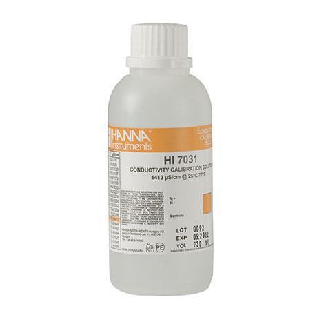 Solução De Calibração 1413 uS/cm HI7031 Para Condutivímetros - 500 ml