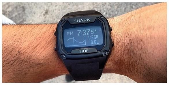1800874c738 Relógio Digital killer shark tide amarelo preto